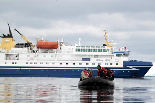 南極クルーズ オーシャンノバ号